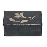 Black Stone White Peach Work Flower Gift Box-Small