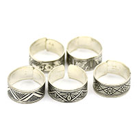 MAtA-2603,Different 5 Design Toe Rings Silver Oxidised,Nickel Free,Set of 5a-a