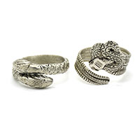 MMcA-2509A,Snake Design Silver Oxidised Man Finger Ring@a