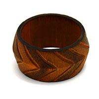 MNpA-1517,Round Carving Brown Napkin Ring-a
