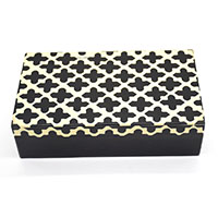 MWA-1499,Black & White Plus Gift Box-a