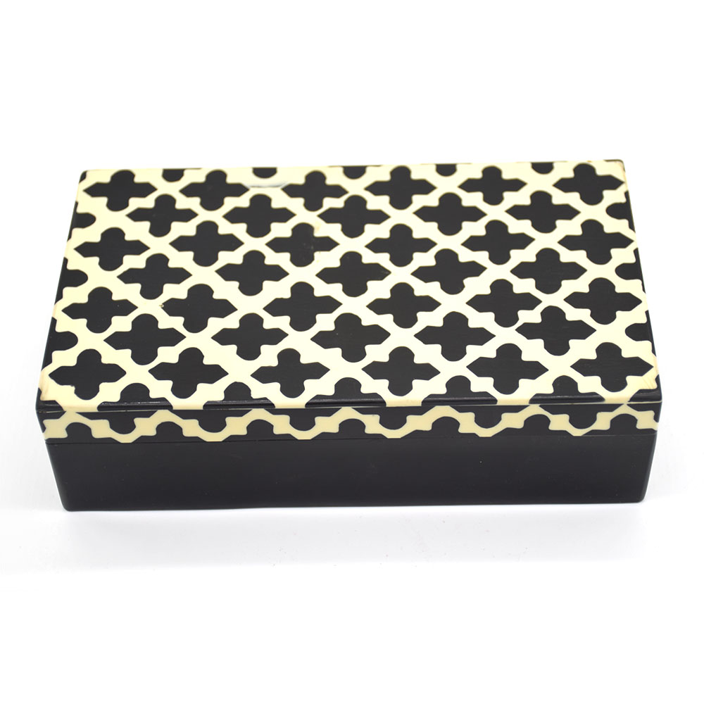 Black & White Plus Gift Box