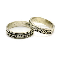 MRA-346,Round Small Flowers & Dots Silver Oxidised Finger Ring-a