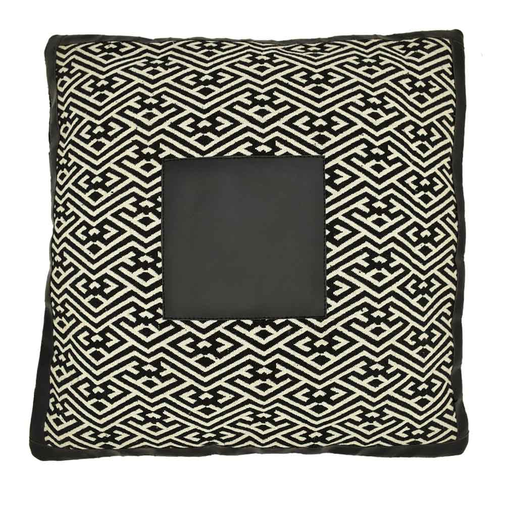 Black & White Geometric Pattern Pillow Cover